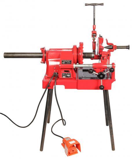 threading pipe machine