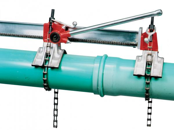 Plastic pipe joiners reed manufacturing